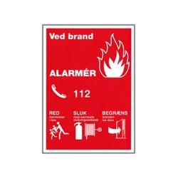 Sikkerhedsskilt - Ved brand ALARMÉR (A4 Plast)